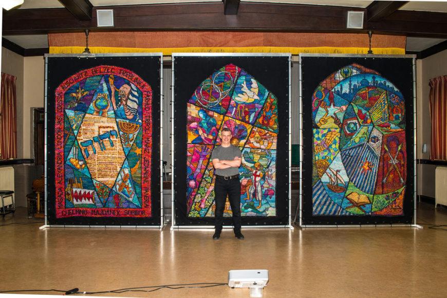 Knitting Pilgrim six_Kirk with 3 tapestries